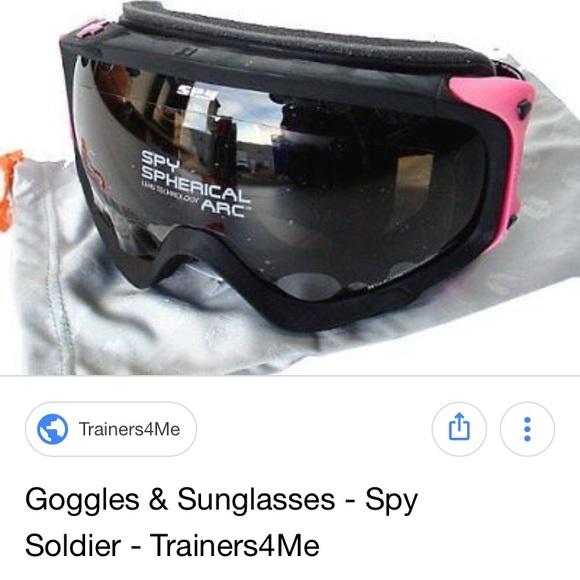 8f194d4a8f3 Spy soldier women s snowboard goggles smith B4BC